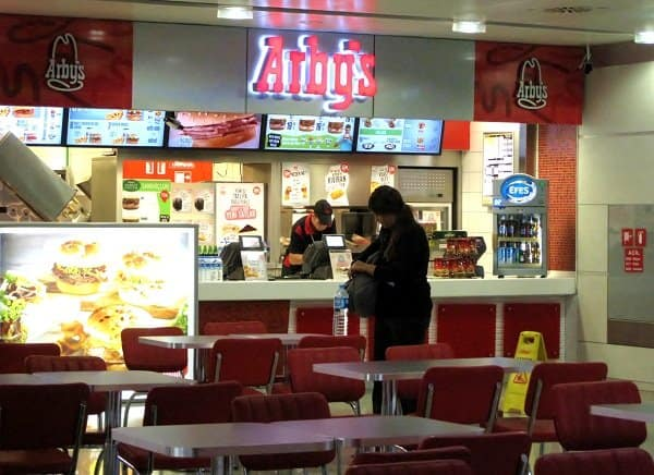 arbys saw istanbul airport