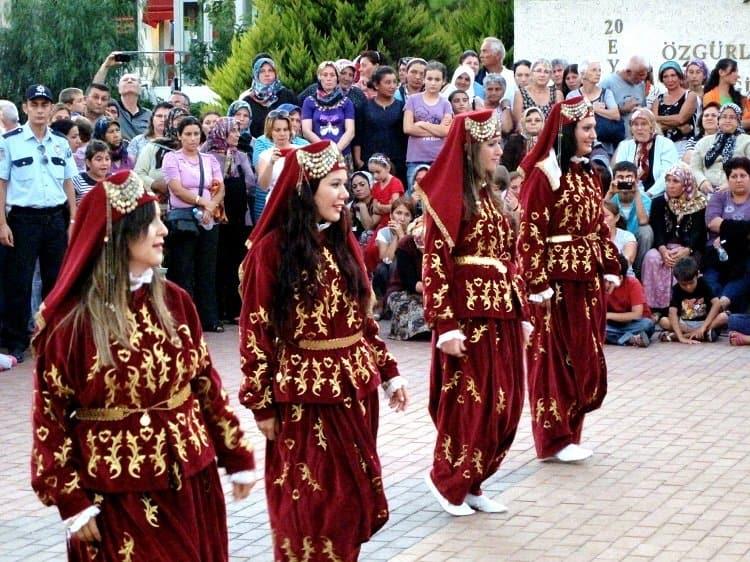 Bozcaada Wine Festival 2011 dancing
