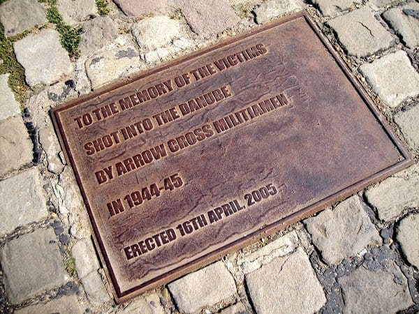 Plaque Memorial to the Victims
