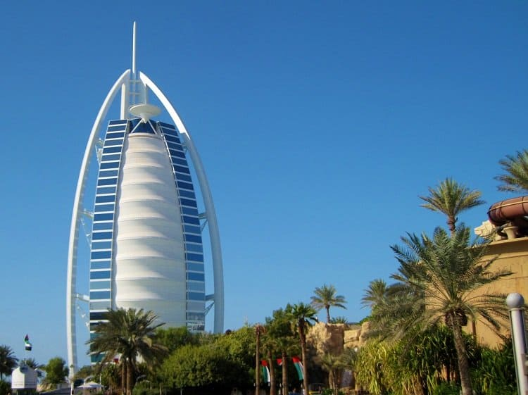 essay about burj khalifa Free sample arab essay on burj al arab and burj khalifa.