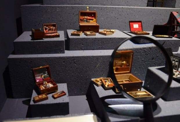 miniature musee lyon display