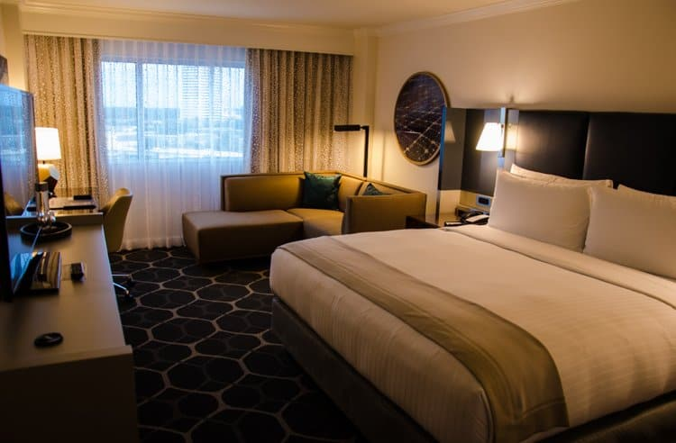 royal sonesta hotel houston renovated rooms