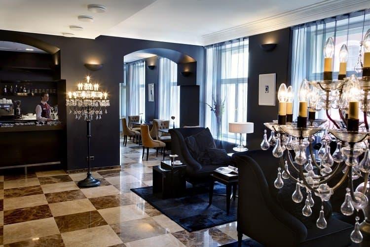 hotel telegraaf lobby tallinn