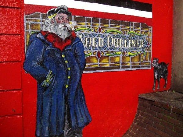 Auld Dubliner pub sign