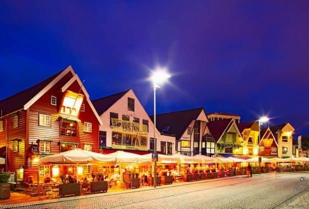 Stavanger night