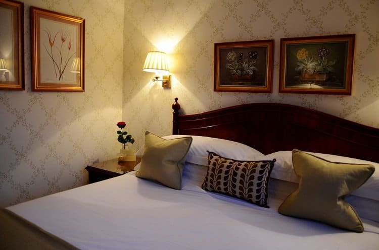 capital luxury boutique hotel room knightsbridge london