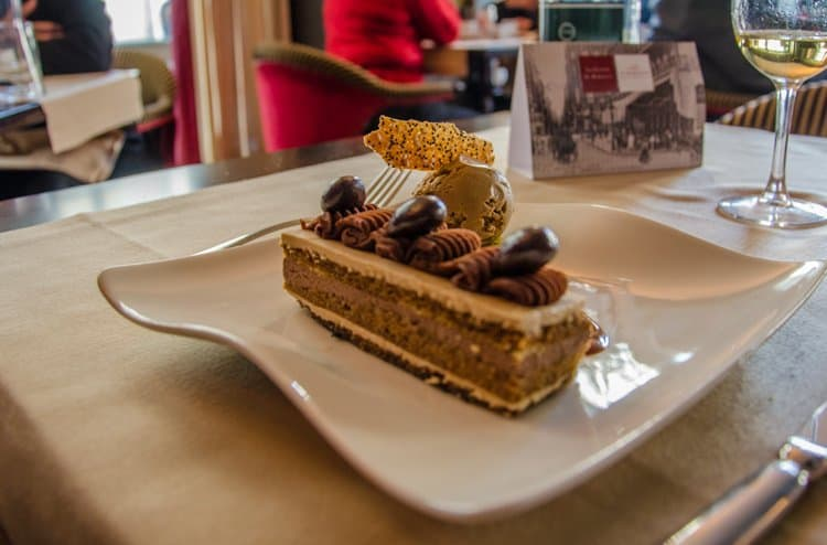 coffee cream cake le Bordeaux brasserie