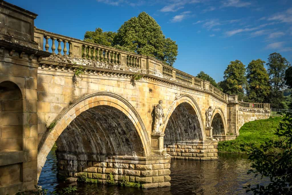old-bridge-chatsworth-house