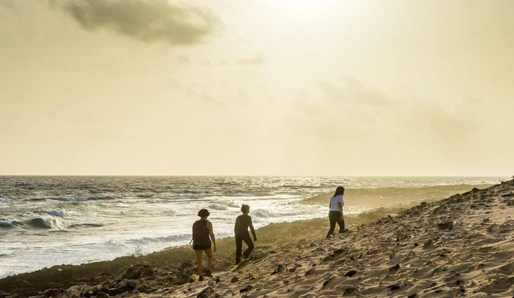 Hiking north coast Aruba