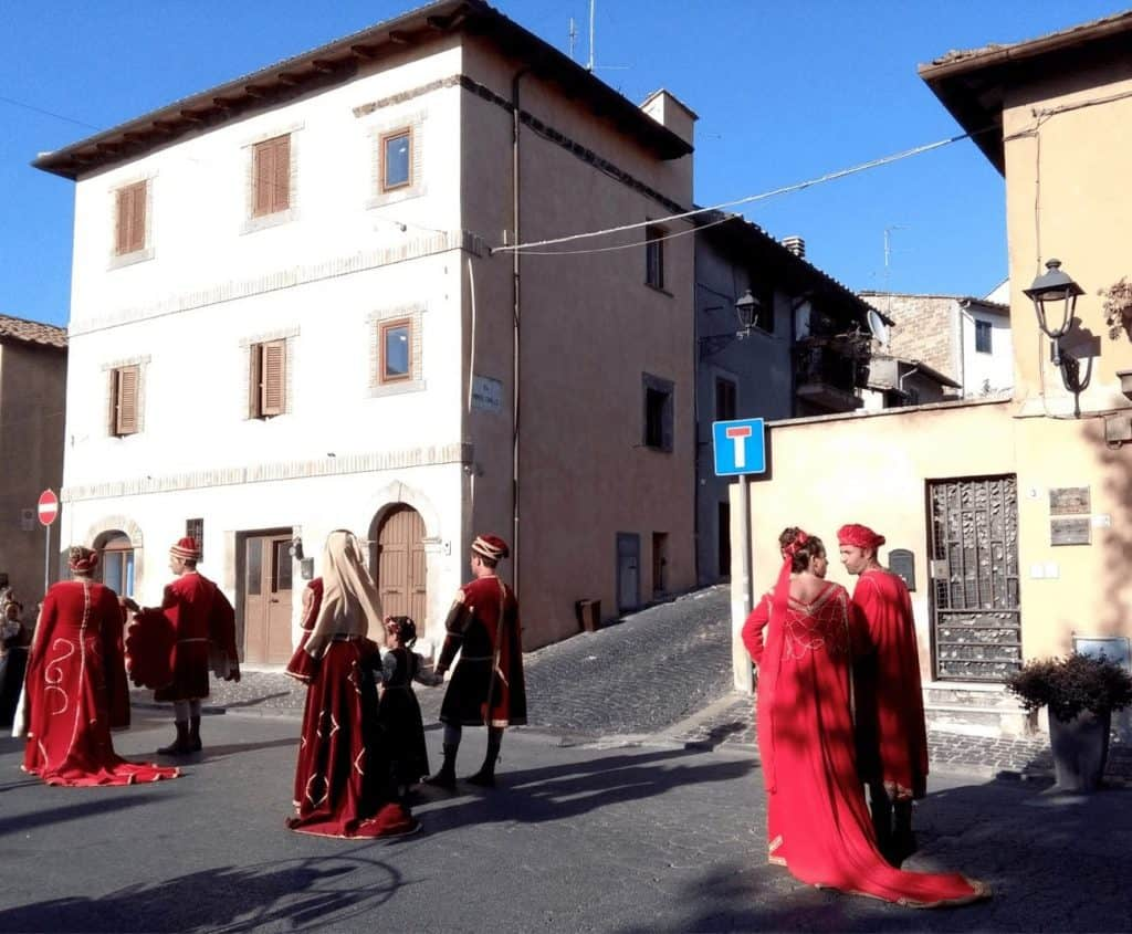 Traditional dress parade in Canale Monterano, 2017